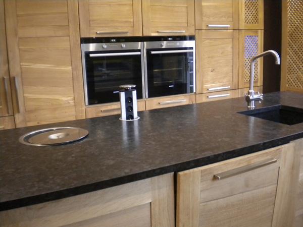 Marbre granit pour cuisine id es de d coration et de - Poubelle encastrable plan de travail ...