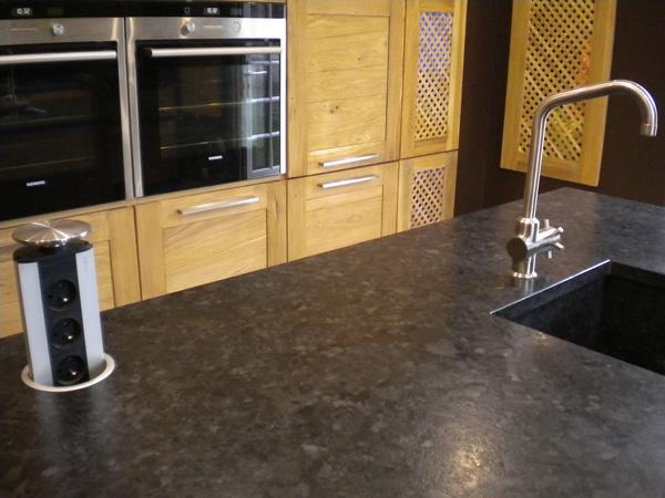 plans de travail pour votre cuisine gammes de granit quartz marbre r sines tous coloris. Black Bedroom Furniture Sets. Home Design Ideas